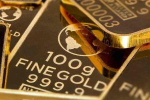 Investing in Gold: Bulls vs Bears Debate